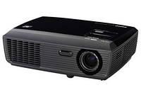 Проектор для бизнес-презентаций и для просмотра кинофильмов дома SANYO PDG-DSU30