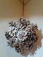 Новогодний подвесной шар  из шишек подарок на Новый год 2021, фото 1
