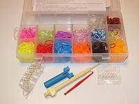 Набор резиночек LOOM BANDS в пластиковой коробке с маленьким станком