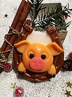 """""""Свинка на подкове"""" натуральное подарочное мыло ручной работы"""