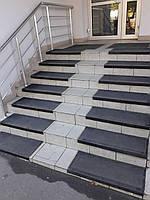 Антискользящая резиновая накладка на ступени (75х33см), фото 1