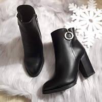 Черевики жіночі чорні зимові на каблуку. Тільки 37,40 розмір!