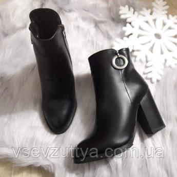 Новинка Черевики жіночі чорні зимові на каблуку. Тільки 36 f61cdaeddecb7