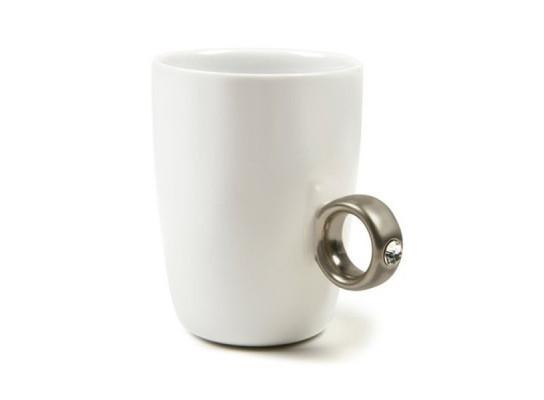 Чашка белая Серебряное кольцо с бриллиантом 250 мл