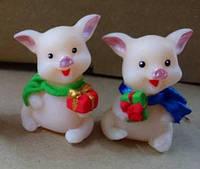 Свеча Свинка с подарком / Свеча Новогодняя 5x2 см