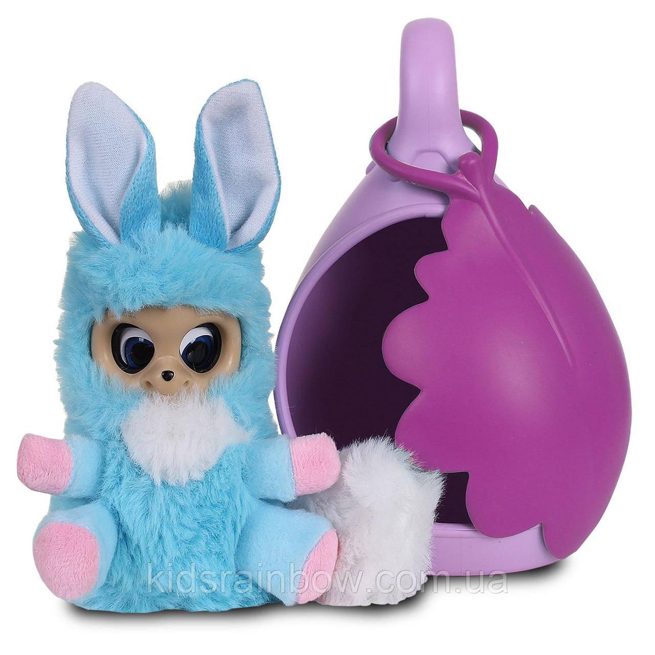 Игрушка меховой младенец Адеро, со спальным коконом Royal Pod Bush baby world