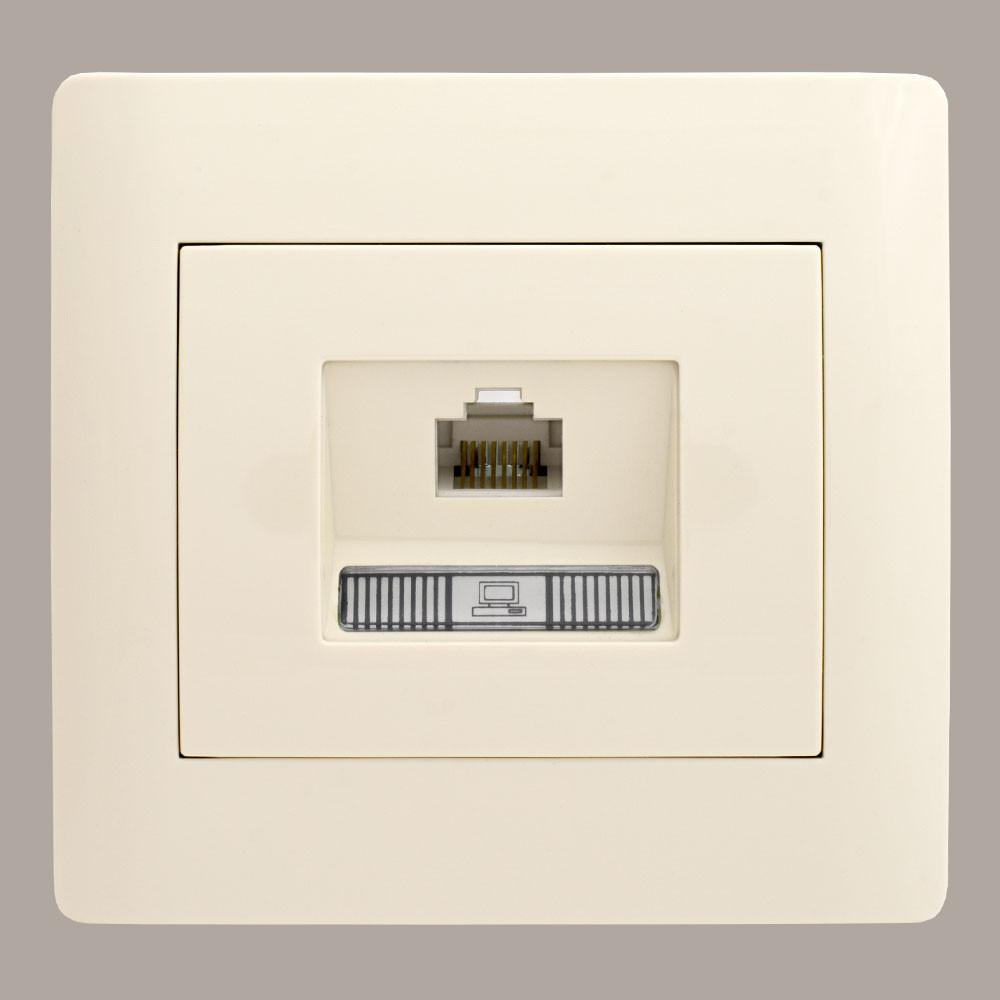 Розетка компьютерная кат.5E (с рамкой) LXL Oscar кремовая