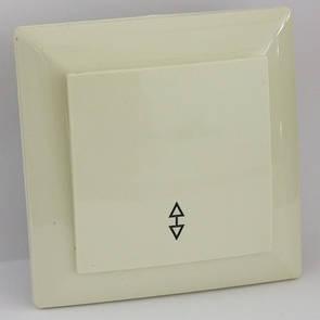 Выключатель проходной кремовый LXL Ultra