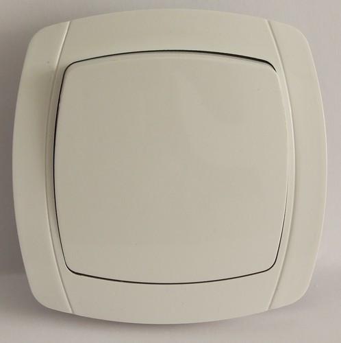 Выключатель LXL Beta белый
