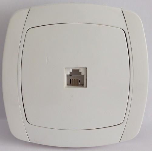 Розетка телефонная RJ11 белая LXL Beta