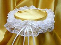 Свадебные подвязки для невесты в белом цвете