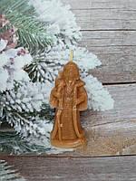Свеча Дед Мороз, ручная работа. Вес 100 г. Подарок на рождество под елочку.