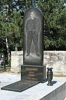 Гранитный памятник (буки, полный рост) цены на надгробия