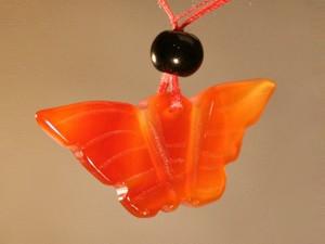 Кулон сердоликовый бабочка.