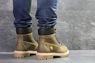 Мужские зимние ботинки ,коричневого цвета.
