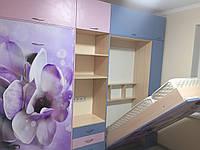 Детская комната с откидными кроватями-трансформерами.