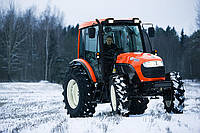 Сельскохозяйственный южнокорейский трактор КИОТИ DK904C с кабиной, с кондиционером, мощностью 90 л.с.