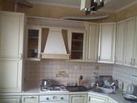 Кухня с фасадами из наборного МДФ крашеного