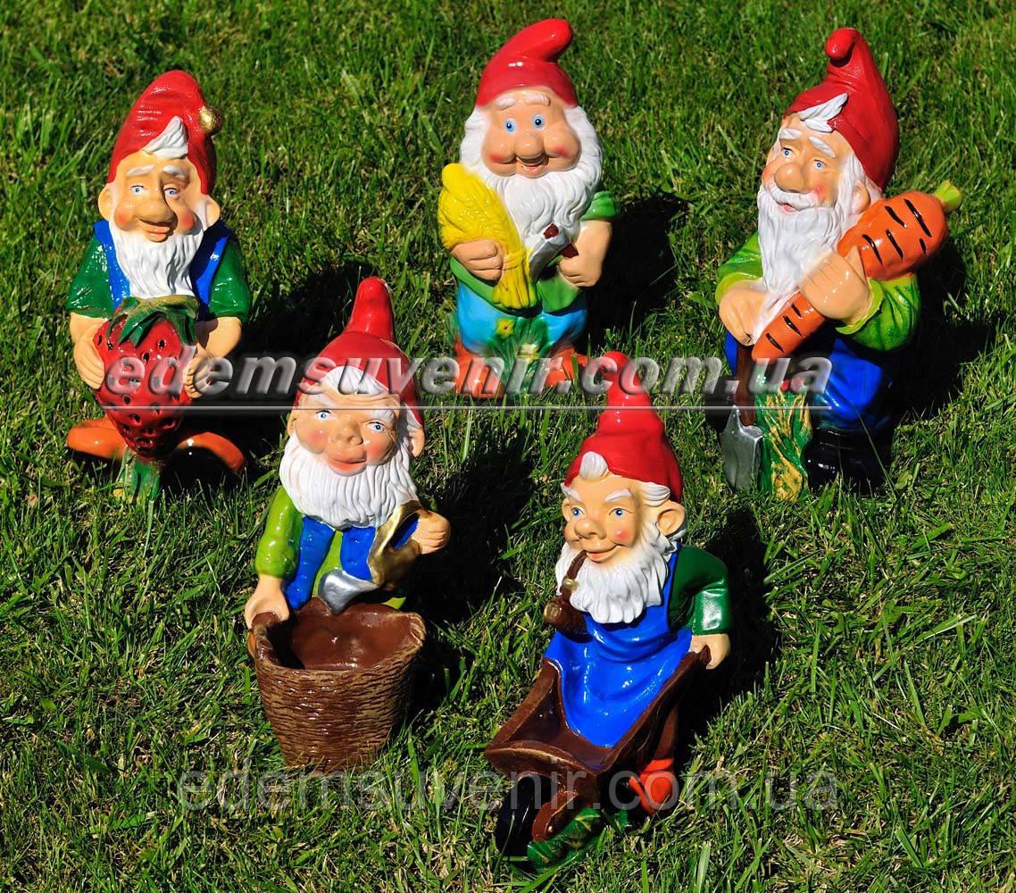 Садовая фигура Гномы собирают урожай