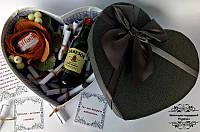 Подарунковий набір у вигляді серця 51 причина кохання з віскі