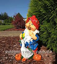 Садовая фигура Гном с гусем средний и Гном с белкой средний, фото 3
