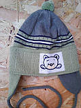Вязанная весенняя шапочка для мальчика с завязками,, фото 3