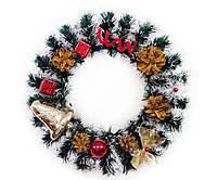 Рождественский венок 40 см украшенный красно-золотой.