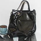 Лаковая классическая вместительная чорная сумка  Лакова класична вмістка чорна сумка , фото 8