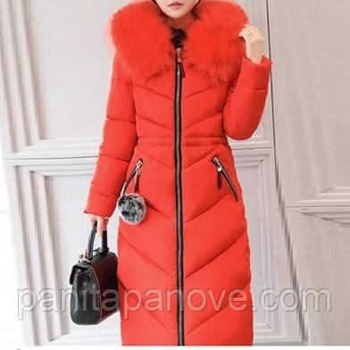 Зимнее пальто - парка с искусственным мехом красного цвета