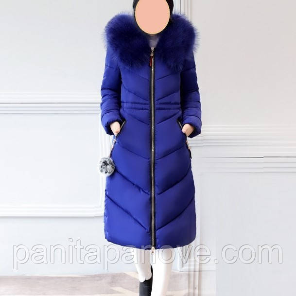 Зимнее пальто - парка с искусственным мехом синего цвета