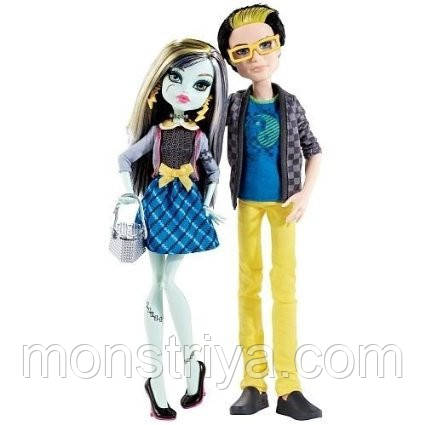 Набор Monster High.пикник. Джексон и Френки