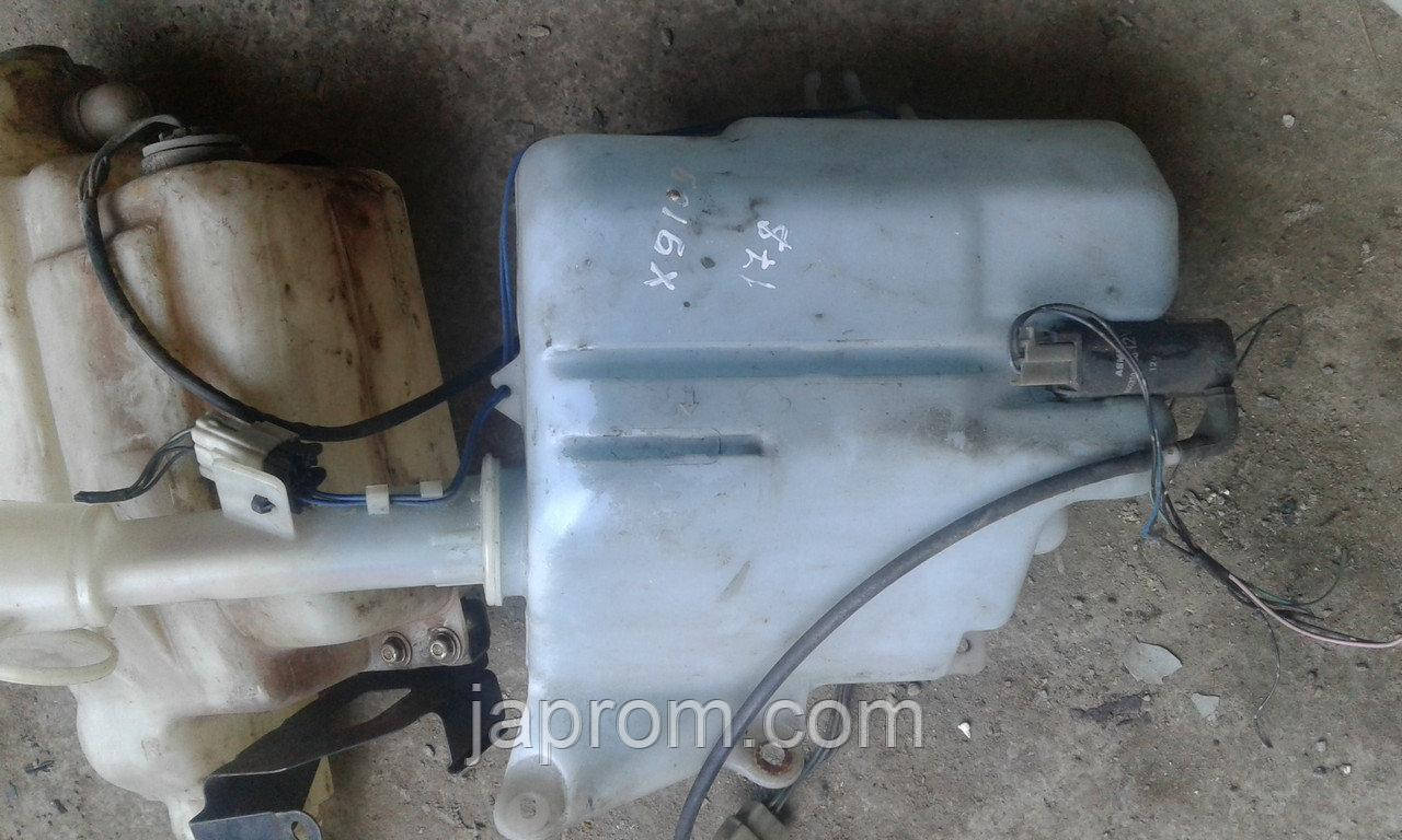 Бачок омывателя Mazda Xedos 9 1994-2002