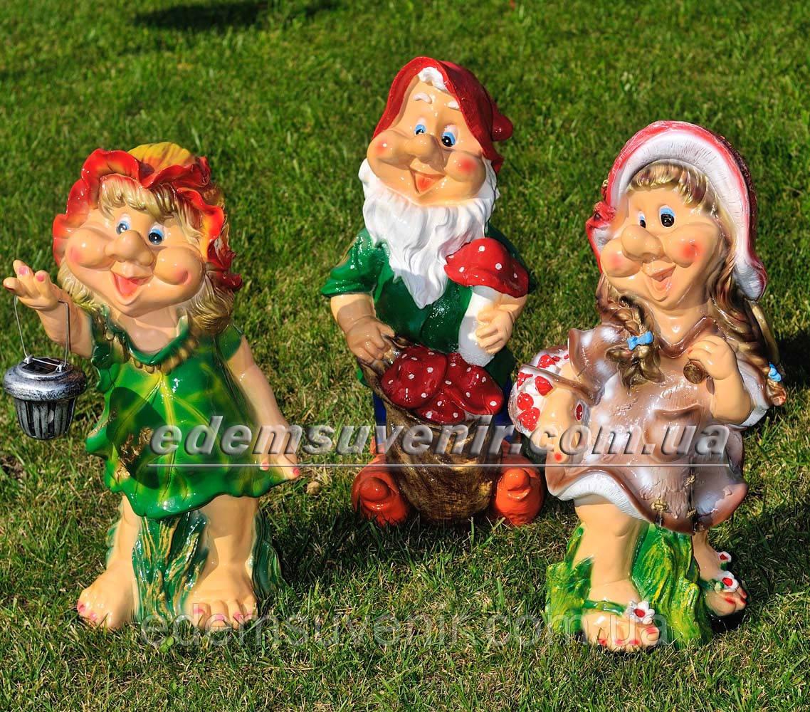 Садовая фигура Гном с мухоморами, Малышка, Кнопочка с фонарем