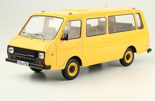 Легендарные Автомобили №24 - РАФ-22038   Модель коллекционная 1:24   Hachett