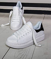 Женские зимние кроссовки Adidas Alexander McQueen Oversized Sneaker white  blackFUR. Живое фото (Реплика ААА 74a3390b479