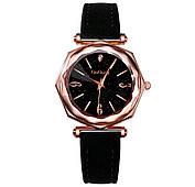 Шикарные женские часы с черным ремешком