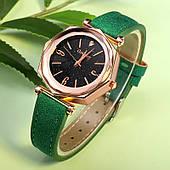 Шикарные женские часы с зеленым ремешком