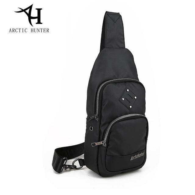 Городская сумка-рюкзак с одной лямкой через плечо и отверстием для наушников Arctic Hunter XB00015, 4л