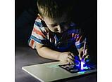 Набір для творчості (світловий планшет) Малюй світлом (А3, 2 маркера), фото 3