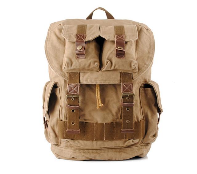 Большой городской рюкзак вид спереди