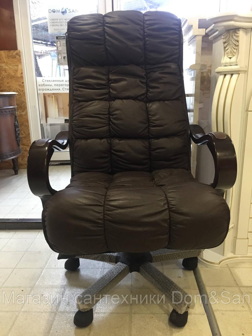 Кресло офисное из натуральной кожи коричневое