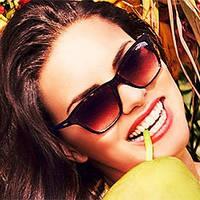 Рекламная компания солнцезащитных очков Vogue Eyewear