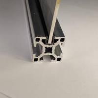 Окантовочний профіль під паз 8мм, чорний пластик (станочный алюминиевый профиль)
