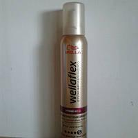 Мусс для волос Wellaflex Антивозрастной Anti Aging 200 мл. (Велла объем и здоровье для тонких волос №5)