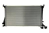 Радиатор системы охлаждения на Рено Трафик II 2.5dci (146л.с.) / NISSENS NIS630709