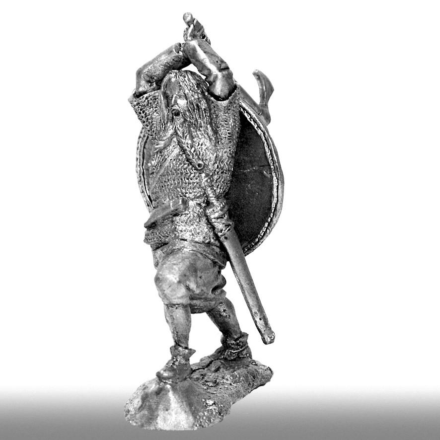 Викинг с топором, Х век