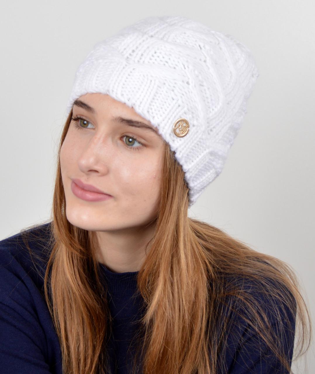 "Женская шапка ""Прага"" белый"