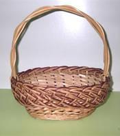 Плетеная корзина из Аловским венком