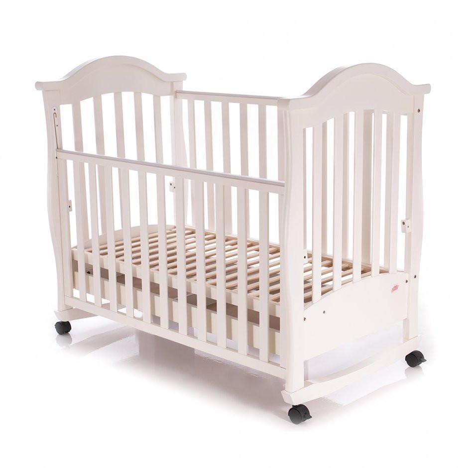Детская кроватка Baby Care BC-411BC слоновая кость