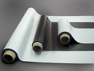 Магнітний вініл з клеєм. 60см 0.6 мм. 1 метр.